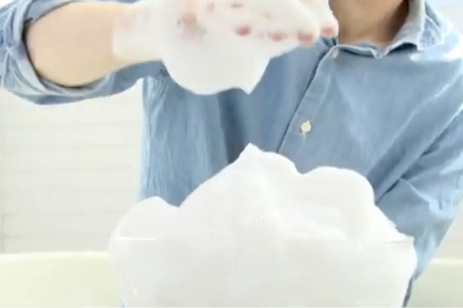TEGSUMIシャンプージャックラッセルテリアのサイズでは、TEGSUMIシャンプー液は3プッシュで十分!しっかり泡立つので実はコスパがよいシャンプーだった